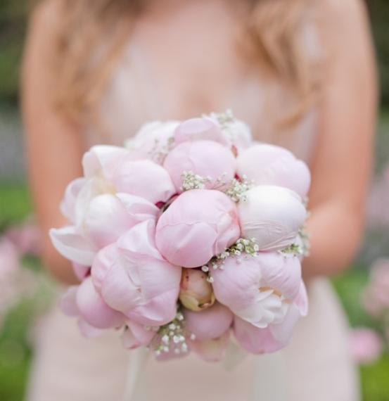 peony-wedding-bouquet